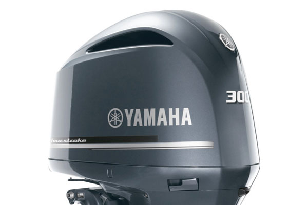 YAMAHA FOUR STROKE 300HP OUTBOARD ENGINE