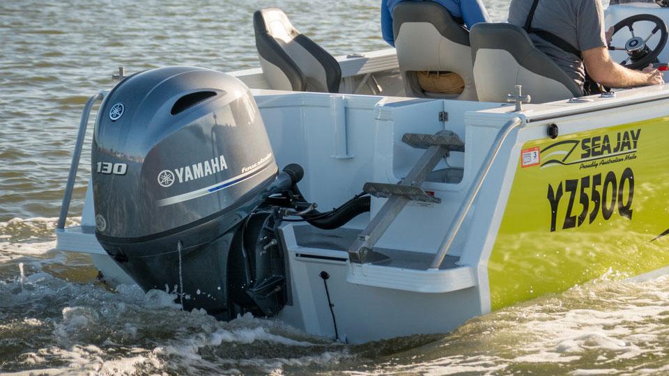 Yamaha F130 Image 7